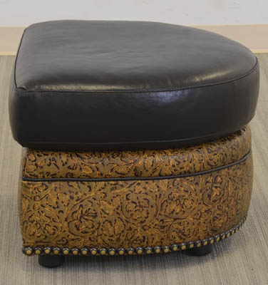 Texas Game Chair Ottoman 02